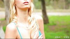 Brazzer – Blond teen Erica Fontes fucks her first big-dick